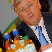 NLD/Alphen aan de Rijn/20060308 - Presentatie nieuwe wielerploeg Leontien van Moorsel, AA Drink Cycling team, Kees Tille
