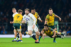 Elliot Daly of England breaks away - Mandatory by-line: Dougie Allward/JMP - 24/11/2018 - RUGBY - Twickenham Stadium - London, England - England v Australia - Quilter Internationals