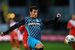 22-01-2012 VOETBAL: FC UTRECHT - PSV: UTRECHT<br /> Utrecht speelt gelijk tegen PSV 1-1 / Stanislav Manolev<br /> ©2012-FotoHoogendoorn.nl
