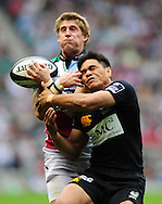 London - Saturday, 5th September, 2009: David Lemi of London  Wasps and David Strettle of Harlequins during the Guinness Premiership match at Twickenham, London. ..(Pic by Alex Broadway/Focus Images)