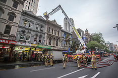 Auckland-Fire crew call out to pizza oven fire blocks Queen Street