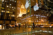 NY076 Apple center and grand Army plaza