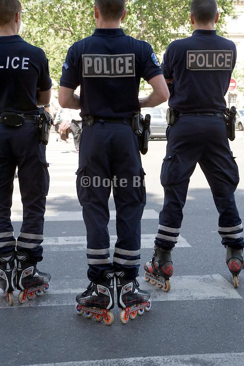 Paris police on rollerblades