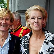 NLD/Amsterdam/20100801 - Inloop premiere musical Crazy Shopping, Addy van den Krommenacker en Jette van der Meij