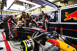 April 8, 2018 - Sakhir, Bahrain - Motorsports: FIA Formula One World Championship 2018, Grand Prix of Bahrain,#33 Max Verstappen (NDL, Red Bull Racing) (Credit Image: © Hoch Zwei via ZUMA Wire)