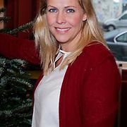 NLD/Amsterdam/20111208- Sky Radio Christmas tree for Charity, Nance Coolen