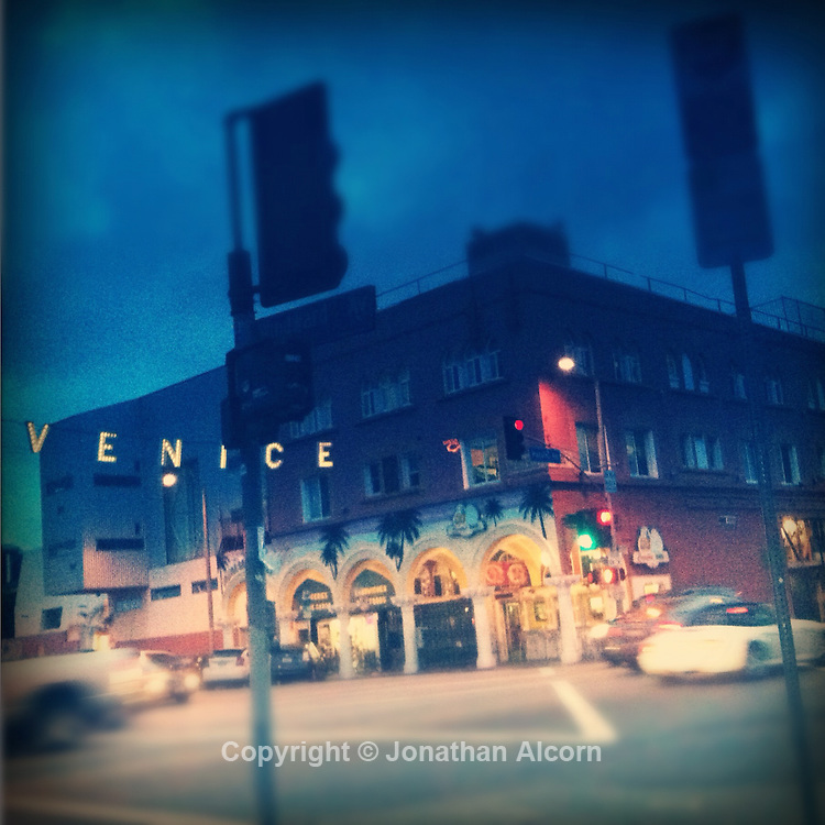 Venice sign at the intersection of Pacific and Windward