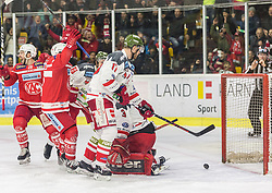 18.3.2018, Stadthalle, Klagenfurt, AUT, EBEL, EC KAC vs HCB Südtirol, 5. Viertelfinalspiel Playoff, im Bild John Rheault (EC KAC, #26), Thomas Koch (EC KAC, #18), Alexander Egger (HCB-Südtirol Alperia, #17), Stefano Marchetti (HCB-Südtirol Alperia, #88), Pekka Toukkola (HCB-Südtirol Alperia, #3) // during the Erste Bank Eishockey League 5th Quaterfinal match between EC KAC vs HCB Südtirol at the City Hall in Klagenfurt, Austria on 2018/03/18. EXPA Pictures © 2018, PhotoCredit: EXPA/ Gert Steinthaler