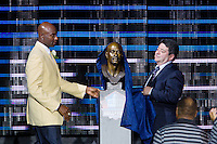 07 August 2010: Former San Francisco 49ers wide receiver Jerry Rice and former 49ers owner Eddie Debartolo reveal the Jerry Rice bust at the enshrinement ceremony at the Pro Football Hall of Fame in Canton, Ohio.