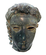 Bronze head of Apollo: the 'Chatsworth Head' Greek, from about 460 BC, Found near Tamassos, Cyprus (AD 1836) By the end of the Archaic period (about 600-480 BC) sculptors had mastered the complexities of anatomy. However, they did not immediately pursue complete realism, but an idealized concept of human perfection. This often makes it difficult to determine whether a representation is intended to be a human being or a god, unless the figure holds or wears something to aid identification. At this period it is usually deities who are represented over life-size, and the long curly locks of hair probably indicate that this is the Greek god Apollo.