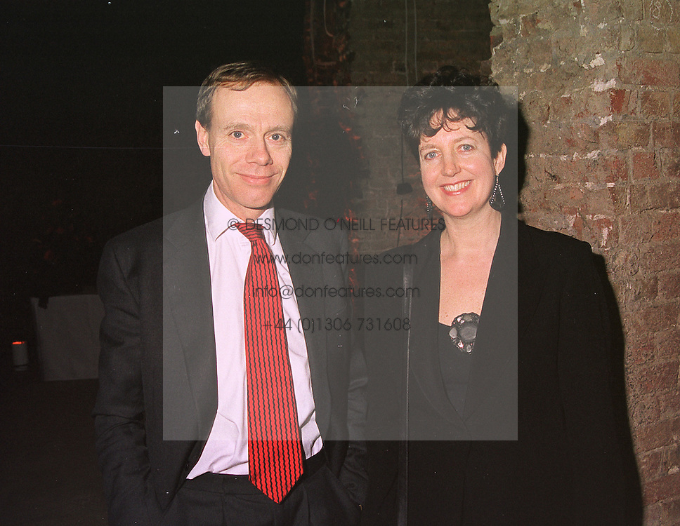 Former Chief Executive of Covent Garden MARY ALLEN and her husband MR NIGEL PANTLING at a reception in London on 16th March 1999.MPI 3