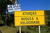 Signs, language, road sign, portuguese, bilingual sign.