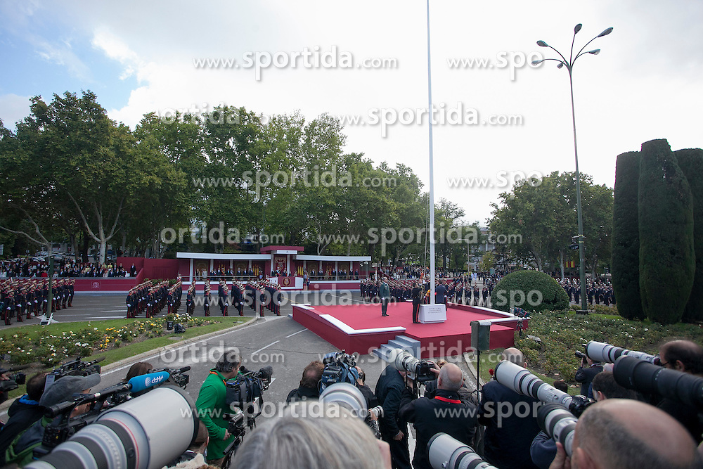 12.10.2015, Madrid, Madrid, ESP, Spanischer Nationalfeiertag, Royals, im Bild Spanish National Day // during the celebration of the Spanish National Day military parade in Madrid in Madrid, Spain on 2015/10/12. EXPA Pictures &copy; 2015, PhotoCredit: EXPA/ Alterphotos/ Victor Blanco<br /> <br /> *****ATTENTION - OUT of ESP, SUI*****