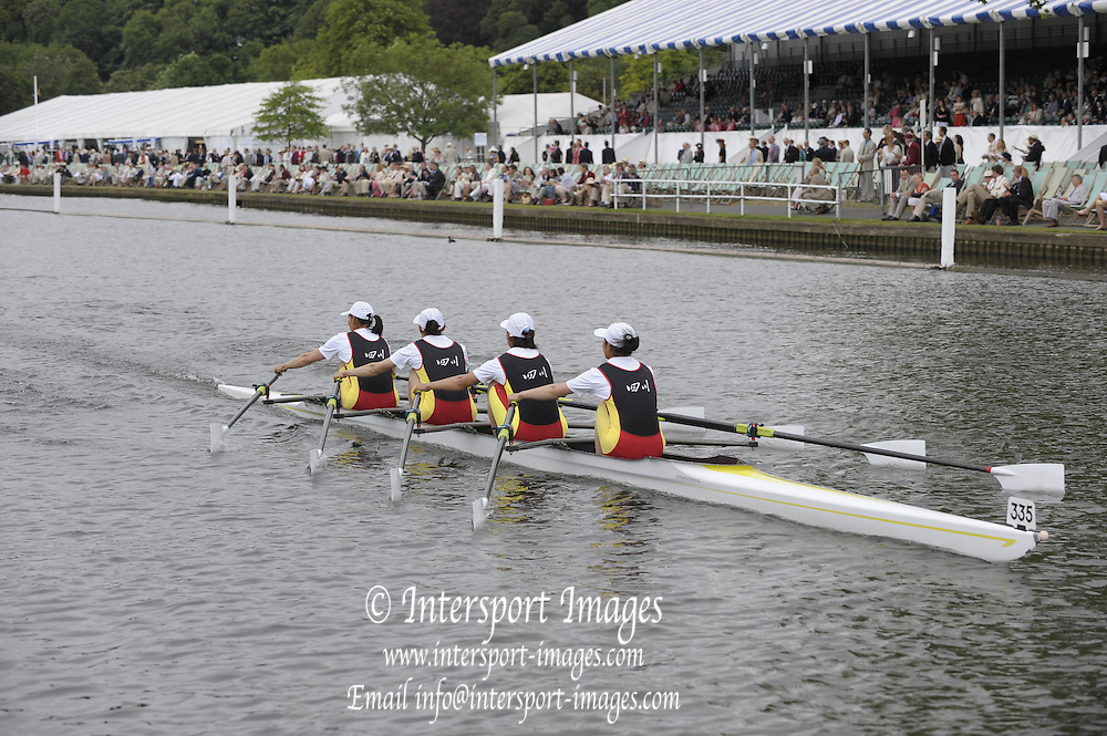 Henley, Great Britain.  CHN W4X, Sichuan RA. .  in the closing stages of their heat in the Princess Royal Challenge Cup  2009 Henley Royal Regatta Friday 03/07/2009 at  [Mandatory Credit. Peter Spurrier/Intersport Images] . HRR.