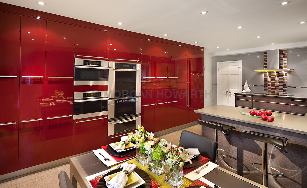 8117_Plum_Creek kitchen by Porcelanosa with modern gloss red cabinets