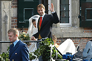 Zijne Hoogheid Prins Floris van Oranje Nassau, van Vollenhoven en mevrouw mr. A.L.A.M. S&ouml;hngen zijn zaterdag 22 oktober in de kerk van Naarden in het  huwelijk getreden. De prins is de jongste zoon van Prinses Magriet en Pieter van Vollenhoven.<br /> <br /> Church Wedding Prince Floris and Aim&eacute;e S&ouml;hngen. <br /> <br /> Church Wedding Prince Floris and Aim&eacute;e S&ouml;hngen in Naarden. The Prince is the youngest son of Princess Margriet, Queen Beatrix's sister, and Pieter van Vollenhoven. <br /> <br /> Op de foto / On the photo;<br /> <br /> <br /> <br /> Zijne Hoogheid Prins Floris Frederik Martijn van Oranje-Nassau, Van Vollenhoven en Prinses Aim&eacute;e Leonie Allegonde Marie S&ouml;hngen <br /> <br /> His highness prince Floris Frederik Martijn van Oranje-Nassau, Van Vollenhoven and Pricess Aim&eacute;e Leonie Allegonde Marie S&ouml;hngen