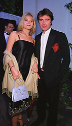 MISS ARABELLA ZAMOYSKA and actor OLIVER TOBIAS, at a party in London on 5th June 1999.MSX 88