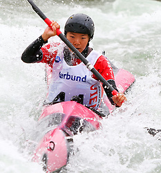 27.06.2015, Verbund Wasserarena, Wien, AUT, ICF, Kanu Wildwasser Weltmeisterschaft 2015, K1 women, im Bild Kei Honda (JPN) // during the final run in the women's K1 class of the ICF Wildwater Canoeing Sprint World Championships at the Verbund Wasserarena in Wien, Austria on 2015/06/27. EXPA Pictures © 2014, PhotoCredit: EXPA/ Sebastian Pucher
