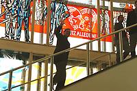 """23 AUG 1999, BERLIN/GERMANY:<br /> Gerhard Schröder, SPD, Bundeskanzler, läuft die Treppe im ehem. Staatsratsgebäude (das übergangsweise als Bundeskanzleramt dient) an einem Fensterbild aus DDR-Zeiten mit der Aufschrift """"Trotz alledem"""", hinauf<br /> IMAGE: 19990823-02/02-25<br /> KEYWORDS: Gerhard Schroeder"""