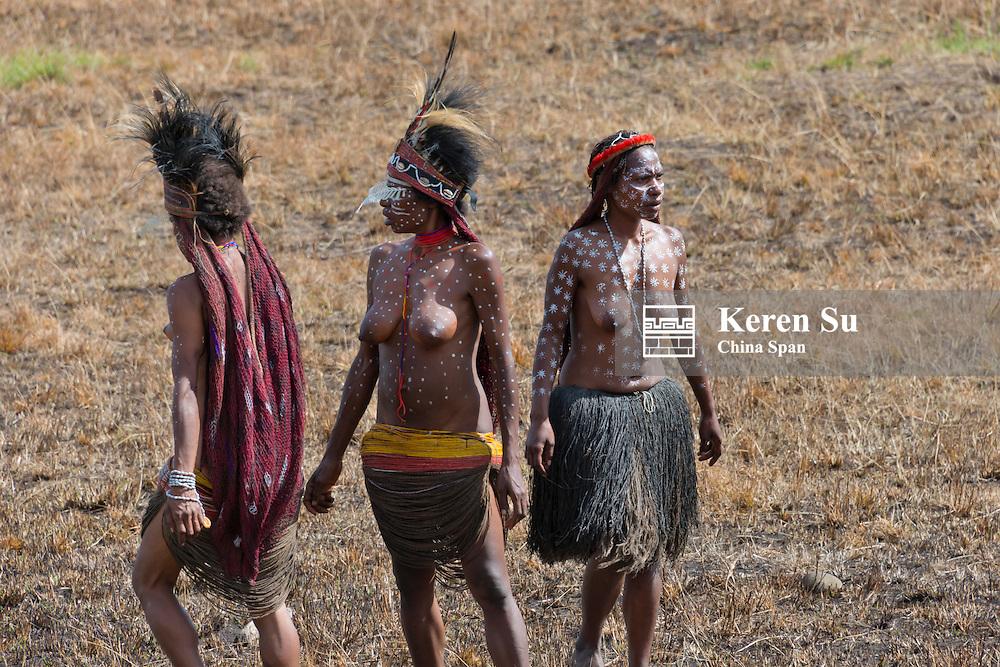 Dani women at Baliem Valley Festival, Wamena, Papua, Indonesia