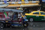 Thailand. Bangkok. Khao San Road tourists district / quartier touristique de Khao San Road district