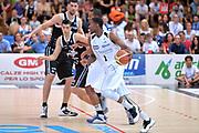 DESCRIZIONE : Trento Lega A 2014-15 <br /> Dolomiti Energia Trento vs Granarolo Bolognaa<br /> GIOCATORE : Mitchell Tony<br /> CATEGORIA : Controcampo palleggio blocco <br /> SQUADRA : Dolomiti Energia Trento<br /> EVENTO : Campionato Lega A 2014-2015 GARA :Dolomiti Energia Trento vs Granarolo Bologna<br /> DATA : 10/05/2015 <br /> SPORT : Pallacanestro <br /> AUTORE : Agenzia Ciamillo-Castoria/IvanMancini<br /> Galleria : Lega Basket A 2014-2015 Fotonotizia : Trento Lega A 2014-15 Dolomiti Energia Trento vs Granarolo Bologna<br /> Predefinita: