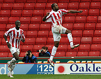 Photo: Paul Thomas.<br /> Stoke City v Norwich City. Coca Cola Championship. 28/10/2006.<br /> <br /> Ricardo Fuller (R) of Stoke celebrates his goal.