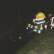 Ongeval Merk Huizen, auto te water