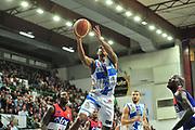 DESCRIZIONE : Campionato 2014/15 Dinamo Banco di Sardegna Sassari - Enel Brindisi<br /> GIOCATORE : Edgar Sosa<br /> CATEGORIA : Tiro Penetrazione<br /> SQUADRA : Dinamo Banco di Sardegna Sassari<br /> EVENTO : LegaBasket Serie A Beko 2014/2015<br /> GARA : Dinamo Banco di Sardegna Sassari - Enel Brindisi<br /> DATA : 27/10/2014<br /> SPORT : Pallacanestro <br /> AUTORE : Agenzia Ciamillo-Castoria / M.Turrini<br /> Galleria : LegaBasket Serie A Beko 2014/2015<br /> Fotonotizia : Campionato 2014/15 Dinamo Banco di Sardegna Sassari - Enel Brindisi<br /> Predefinita :