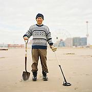 NEW YORK - 2011: Coney Island treasure hunter.