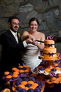 Maja and Rob's wedding cake and cutting the cake..