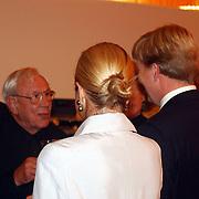 Premiere In de japanse stroomversnelling, Kroonprins Willem - Alexander en prinses Maxima Zorrequita in gesprek Louis van Gasteren