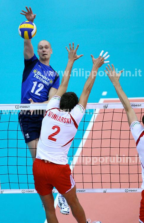 Olli Kunnari in attacco.Finlandia - Polonia.Campionati europei volley 2007.Foto Filippo Rubin.Agenzia Galbiati
