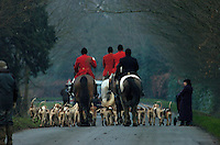 Fox Hunting.Binfield heath, Oxfordshire, England, February 7th, 2005 - Vale of Aylesbury with Garth and south hunt, end of the day, Joint masters getting together to take all hounds to kennel.
