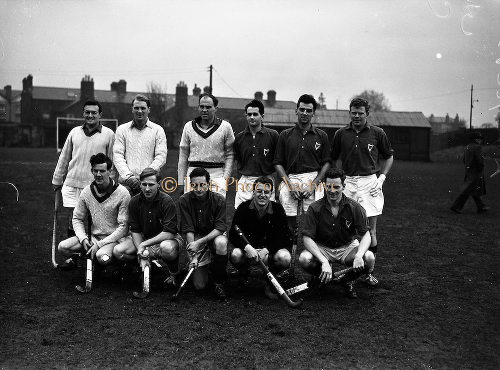 16/01/1960<br /> 01/16/1960<br /> 16 January 1960<br /> Interprovincial Mens Hockey: Munster v Leinster. The Leinster team that played Munster in the Senior Mens Hockey Interprovincial at Londonbridge Road, Dublin.