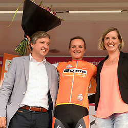03-09-2016: Wielrennen: Ladies Tour: Tiel<br /> TIEL (NED) wielrennen: Chantal Blaak behoudt de leiderstrui