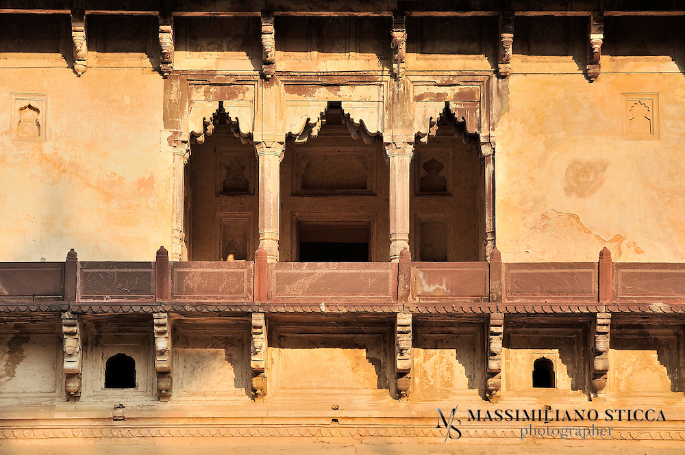Jahangir Mahal, Citadel of Jahangir, Orchha Palace, Mahal-e-Jahangir Orchha, Jahangir Citadel; the Jahangir Mahal is a citadel and garrison located Orchha, Tikamgarh district of Madhya Pradesh state, India. It is one of the most finest and vivid examples of classical Mughal Architecture.<br /> Located at a distance of about 18 km from Jhansi is one of the most admired and impressionable palaces. Situated in the fort complex of the Tikamgarh district of Orchha, this 17th century monument was built by the King Vir Singh Deo in honour of the Mughal prince, Jahangir.