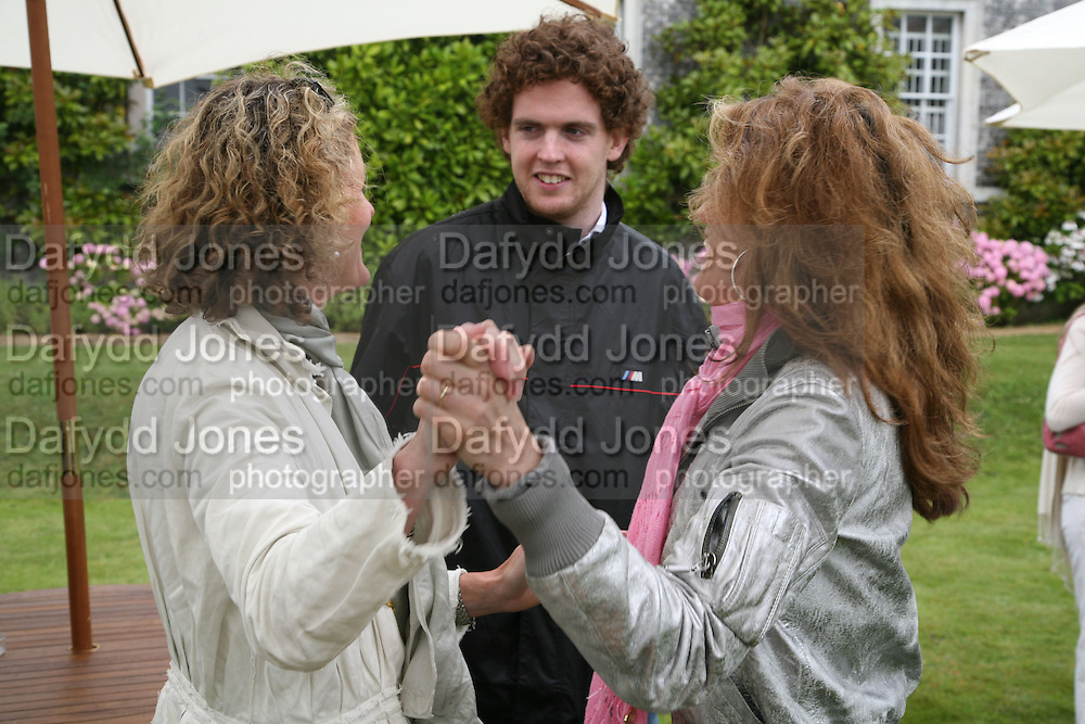 VICTORIA CONRAN, TOBY GALLAGHER AND MARIANNE SACHS, Cartier Style et Luxe lunch. Goodwood.  24 June 2007.  -DO NOT ARCHIVE-© Copyright Photograph by Dafydd Jones. 248 Clapham Rd. London SW9 0PZ. Tel 0207 820 0771. www.dafjones.com.