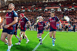 Piers O'Conor and the rest of the Bristol Bears team run onto the field - Mandatory byline: Patrick Khachfe/JMP - 07966 386802 - 18/10/2019 - RUGBY UNION - Ashton Gate Stadium - Bristol, England - Bristol Bears v Bath Rugby - Gallagher Premiership