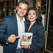 NLD/Hilversum/20161024 - Boekpresentatie 2e De Poepdokter - Bakt ze Bruin, Wilfred Genee en partner Lili Pirayesh