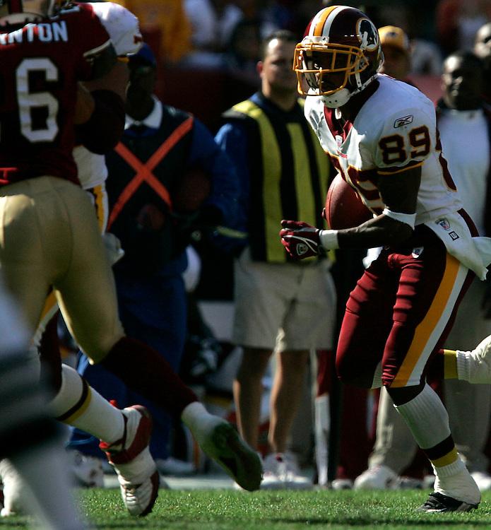 Jay Westcott/Examiner     SP   Oct. 23, 2005 - Washington Redskins vs. San Francisco 49ers. - Santana Moss #89