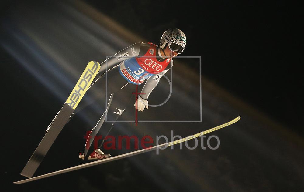 *BRAZIL ONLY* ATENÇÃO EDITOR, FOTO EMBARGADA PARA VEÍCULOS INTERNACIONAIS* O japonês Kento Sakuyama na prova de salto de esqui do Torneio Quatro Pistas, que faz parte da Copa do Mundo da modalidade, em Bischofshofen, Áustria, nesta terça-feira (05). Foto: CityPress/FramePhoto