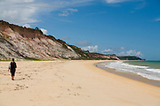 Porto Seguro_BA, Brasil...Turista na Praia do Taipe no Arraial Dajuda...A tourist in the Taipe beach in Arraial Dajuda...Foto: LEO DRUMOND / NITRO