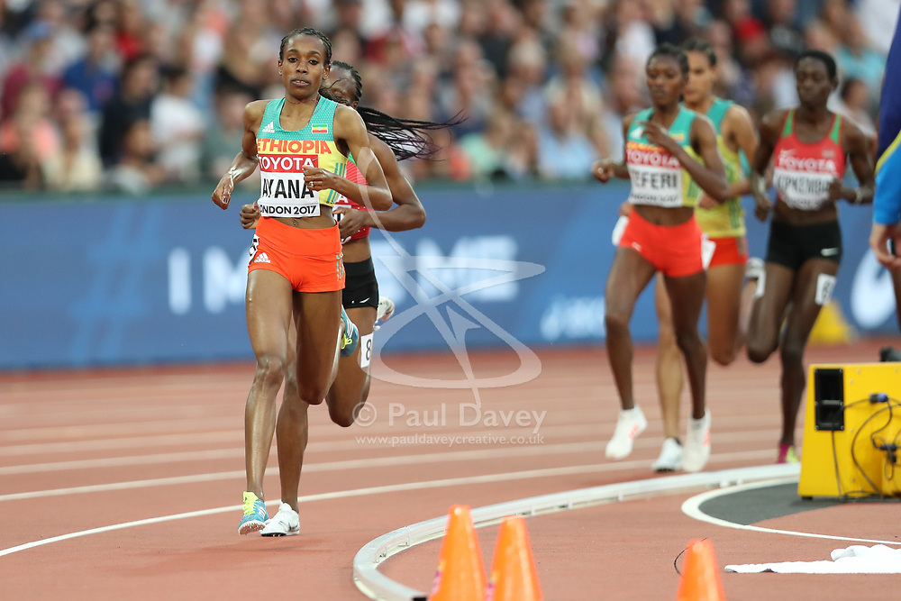 London, August 13 2017 . Almaz Ayana, Ethiopia, leads the women's 5000m final on day ten of the IAAF London 2017 world Championships at the London Stadium. © Paul Davey.