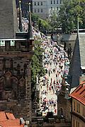 Blick von der Prager Kleinseite (Malá Strana) in Richtung Karlsbrücke.<br /> <br /> View from Malá Strana (Lesser Town) in direction to the Charles Bridge.
