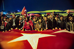 Anti-Terror Proteste in Istanbul - Fussballfans marschieren zum Stadion / 121216<br /> <br /> *** Soccer fans chant slogans to protest Saturday's twin terror attacks as they arrive at the blast site near a soccer stadium in Istanbul, Monday, December 12, 2016.  Nearly 44 people, mostly police officers lost their lives after twin bomb attacks outside the stadium in Istanbul Saturday night following a soccer game.  ***