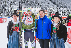 19.01.2019, Loipe Obertilliach, AUT, 45. Dolomitenlauf, Classicrace, im Bild v.l.: 1. Platz (42km) Lorenzo Busin (ITA), Tourismusverband Osttirol Obmann Franz Theurl // during the 45th Dolomitenlauf Classicrace at Obertilliach, Austria on 2019/01/19, EXPA Pictures © 2019 PhotoCredit: EXPA/ Dominik Angerer