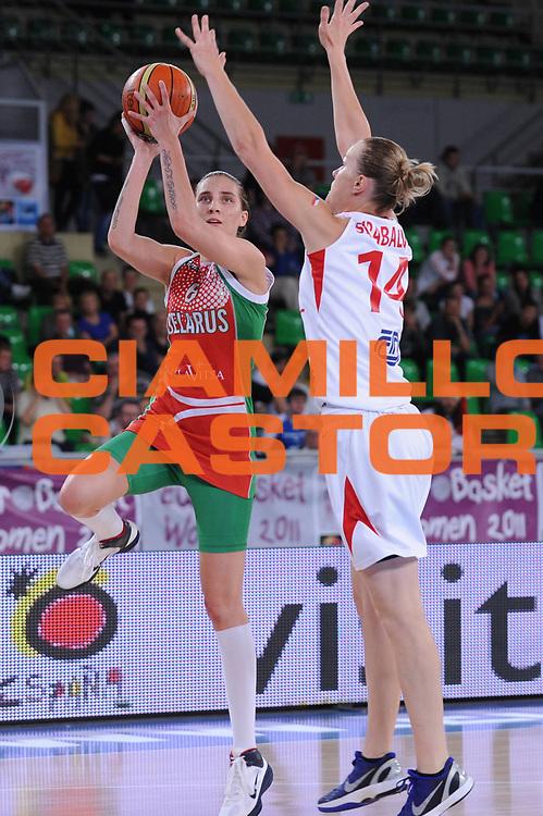 DESCRIZIONE : Bydgoszcz Poland Polonia Eurobasket Women 2011 Round 1 Repubblica Ceca Bielorussia Czech Republic Belarus<br /> GIOCATORE : katsiarina Snytsina<br /> SQUADRA : Bielorussia Belarus<br /> EVENTO : Eurobasket Women 2011 Campionati Europei Donne 2011<br /> GARA : Repubblica Ceca Bielorussia Czech Republic Belarus<br /> DATA : 20/06/2011 <br /> CATEGORIA : <br /> SPORT : Pallacanestro <br /> AUTORE : Agenzia Ciamillo-Castoria/M.Marchi<br /> Galleria : Eurobasket Women 2011<br /> Fotonotizia : Bydgoszcz Poland Polonia Eurobasket Women 2011 Round 1 Slovacchia Turchia Slovak Republic Turkey<br /> Predefinita :