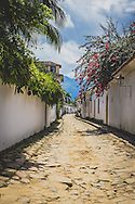 Paraty is a beautiful and historic Brazilian town located on the Bay of Ilha Grande. One of our favourite places to visit when in Brazil.