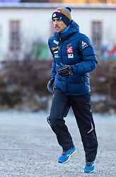 31.12.2016, Olympiaschanze, Garmisch Partenkirchen, GER, FIS Weltcup Ski Sprung, Vierschanzentournee, Garmisch Partenkirchen, Training, im Bild Sevoie Vincent Descombes (FRA) // Sevoie Vincent Descombes of France warm up before the Practice Jump for the Four Hills Tournament of FIS Ski Jumping World Cup at the Olympiaschanze in Garmisch Partenkirchen, Germany on 2016/12/31. EXPA Pictures © 2017, PhotoCredit: EXPA/ JFK